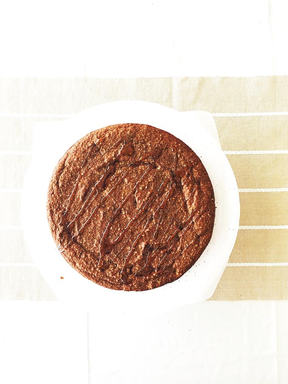 oat_pist_choc cake 1